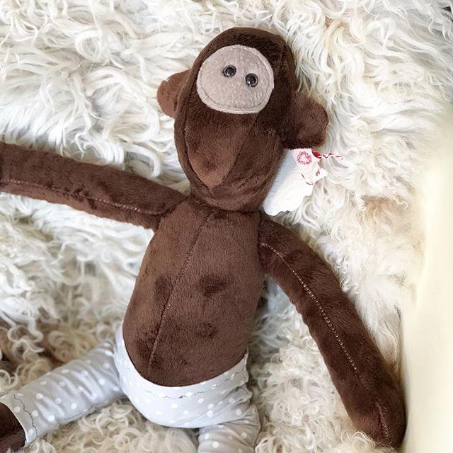 Faul rumhängen gibt es nicht, jetzt geht es ab ins Lädchen und wir sind dann ab 11.00 Uhr für Euch da. #eumel #herzenstreu #kuschelfreunde #stofftiere #softtoy #brownie #madewithlove #handmade #kidstoy #nurserydesign #nurserydecor #nurserydesign #kidsstore #unique #kinderzimmer #kinderzimmerdeko #bestbuddies #düsseldorf #cute #love #instagood #kinder #kids #child #babybump